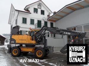 AW-MAXi Seilwinde auf Bagger Aufgebaut